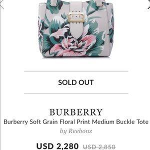 Burberry soft flowered prints